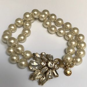 J Crew Hand Knotted Pearl Bracelet Crystal Clasp
